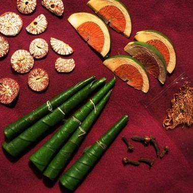Paan leaves and ingredients
